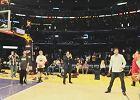 Tenis. Djokovi� zadziwi� koszykarzy Los Angeles Lakers [WIDEO]