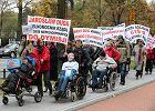"""Rodzice niepełnosprawnych dzieci pojechali protestować do Brukseli. """"W Polsce czujemy się lekceważeni"""""""