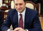 W�ad Filat, by�y premier Mo�dawii, stan�� przed s�dem za przyj�cie 40 mln euro i szeregu prezent�w (w tym samochod�w) �ap�wki od biznesmena