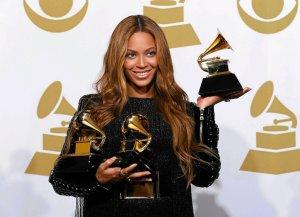 Beyoncé została uznana za najbardziej dobroczynną z celebrytów w mijającym 2016 roku. Kto jeszcze znalazł się w tym prestiżowym zestawieniu?