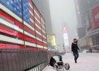 Atak zimy w USA: śnieżyca, zalania, oblodzone drogi. W wypadkach samochodowych zginęło osiem osób