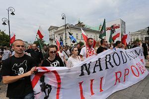 Ruch Narodowy chce zaj�� miejsca cz�onk�w PiS w Senacie. 2 tys. narodowc�w przesz�o w antyrz�dowym marszu