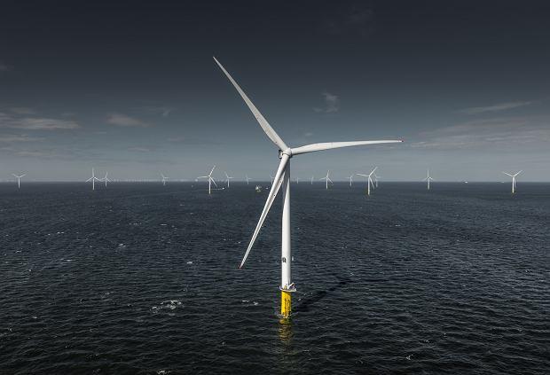 OZE po brytyjsku. Wielka farma wiatrowa dostarczy prąd 230 tys. ludzi. Budowa pierwszej morskiej farmy wiatrowej w Polsce może ruszyć za 3 lata