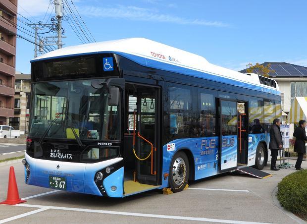 Toyota|Wodorowy autobus