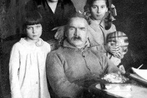 Dwie żony, dwie córki i inne. Życie uczuciowe Marszałka