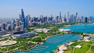Chicago Stany Zjednoczone. Fenomen Chicago polega na tym, że choć liczy ono 2,7 mln mieszkańców, wystarczy wyjść poza ścisłe centrum, aby poczuć się jak w innym świecie. Nie ma chyba lepszego sposobu na odpoczynek w tym mieście, jak spacer wzdłuż brzegów Michigan.