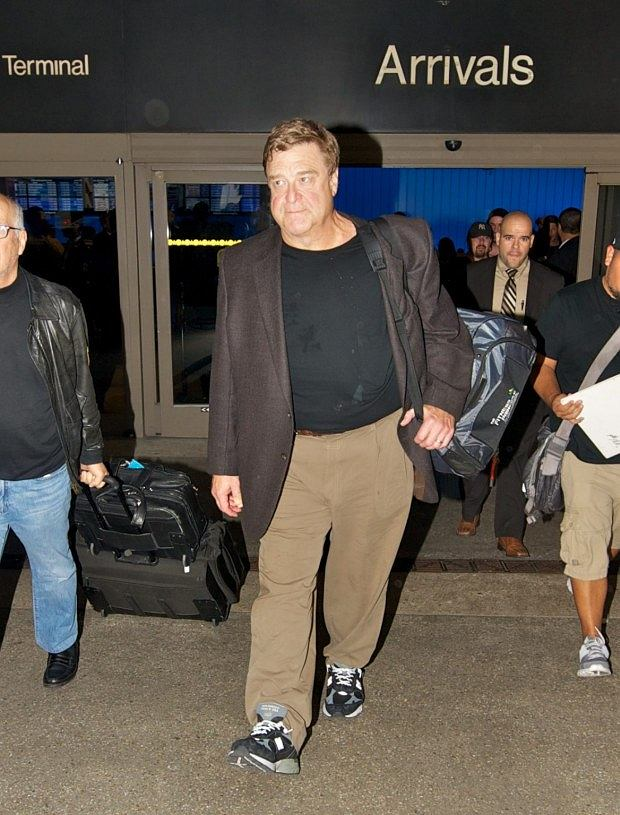 ??NATIONAL PHOTO GROUP   John Gooman arrives at LAX wearing a dirty black shirt.  Job: 102012M4  EXCLUSIVE October 20th, 2012 Los Angeles, CA  NPG.com