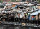 Tysi�ce Filipi�czyk�w ucieka przed tajfunem