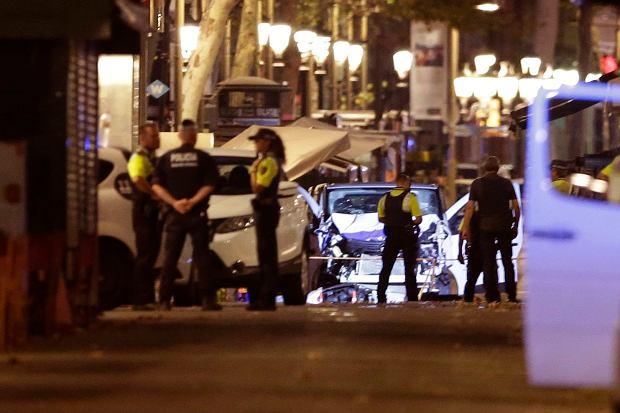 Zamach w Barcelonie. Kim są sprawcy?