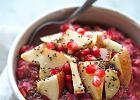 Różowa owsianka z jabłkiem i chia to dobre źródło witamin z grupy B i żelaza