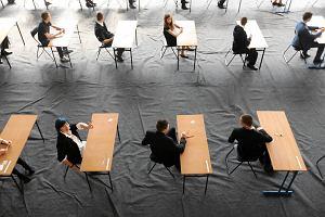 Egzamin gimnazjalny 2014:HISTORIA, WOS, J�ZYK POLSKI - mamy ARKUSZE i przyk�adowe odpowiedzi