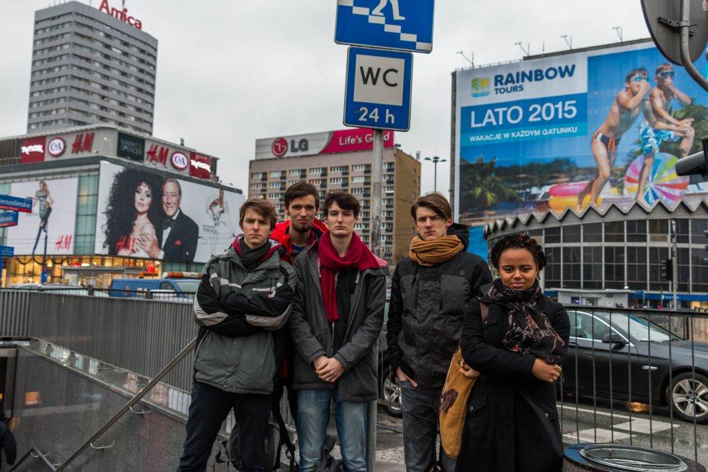 Grupa licealistów, którzy są organizatorami akcji