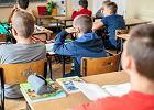 Spowiedź w sali lekcyjnej na Ursynowie. MEN odpowiada: Szkoła nie jest instytucją świecką