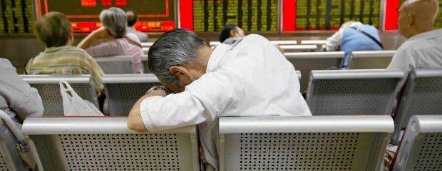 Krach w Chinach. Władze szukają winnych, zatrzymano 197 osób
