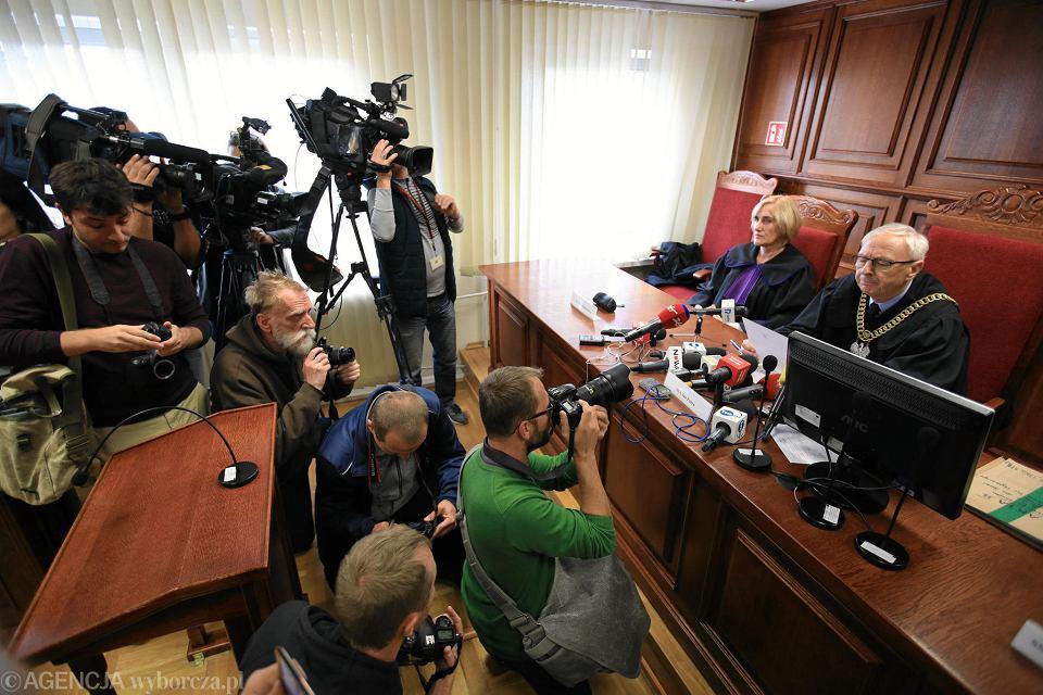 2 października 2018 r. Sąd apelacyjny w Poznaniu utrzymuje wyrok w sprawie zadośćuczynienia dla ofiary księdza pedofila