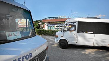 Busy na dworcu PKS w Limanowej