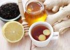 Nie umiemy parzyć herbaty. Większość z nas pije więc... gorącą wodę
