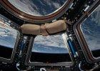 Na stacji kosmicznej popsu� si� system ch�odzenia. Na Ziemi zastanawiaj� si�, jak go naprawi�