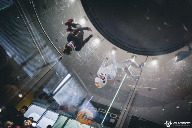 Polacy Mistrzami Świata w Indoor Skydivingu