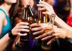 Alkohol uaktywnia naszą bardziej atrakcyjną subosobowość?