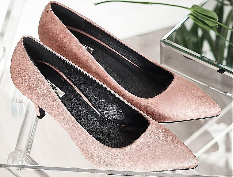 31e78868af93f Jakie buty dobrać do sukienki na wesele
