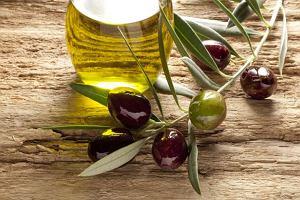 Oliwa z oliwek - najbardziej syc�cy t�uszcz?