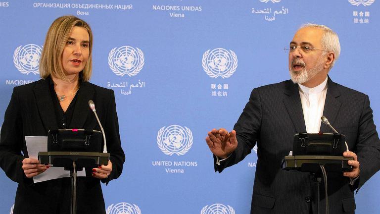 Federica Mogherini na wspólnej konferencji prasowej z ministrem spraw zagranicznych Iranu Mohammadem Dżawadem Zarifem