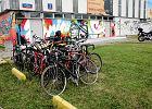Przed basenem czy siłownią roweru nie ma gdzie zostawić