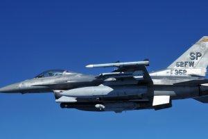 Amerykańskie F-16 są już w Polsce