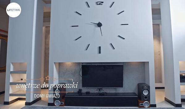 Zdjęcie numer 4 w galerii - Bohosiewicz zaprosiła kamery do swojego mieszkania. Sypialnia jest piękna! Ale to, co znajduje się za drzwiami szafy... Hit!