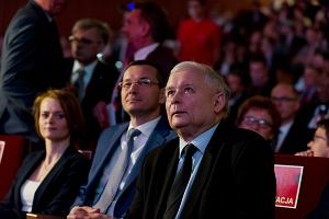 'The Economist': Polski rząd wykupuje 'srebra rodowe'. Chce przejąć kontrolę nad sektorem bankowym