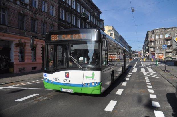 z16525499Q,Autobus-linii-86.jpg