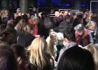 Zakupowe szale�stwo na VIP-owskiej przedsprzeda�y Balmain dla H&M. Czy tak samo b�dzie jutro w Warszawie i Krakowie?