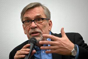 �akowski: Zaliczyli�my historyczn� pora�k� na Ukrainie. Unia przygotowuje sankcje? Po miesi�cu? Nieodpowiedzialne