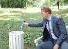 Tak, ten burmistrz naprawdę nagrał instrukcję wyrzucania śmieci. Brzmi zabawnie? Tak właśnie wyszło