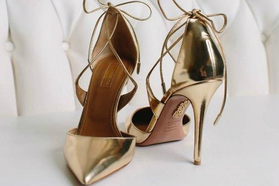 07e4aa1335cea Jak dobrać buty do sukienki na wesele? Podpowiadamy!