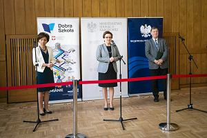 Reforma edukacji. Minister Zalewska chwali się w Poznaniu. Samorządowcy: To zaklinanie rzeczywistości