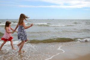 Kąpiel w Bałtyku tylko dla odważnych? Niekoniecznie! Przeczytaj, gdzie nad polskim morzem jest najcieplejsza woda [FORUM]