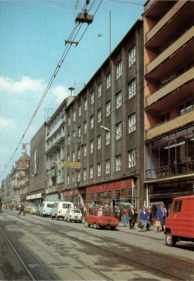 Ulica 3 maja w katowicach jest jedn z najdro szych ulic for Benetton 3 stawy katowice