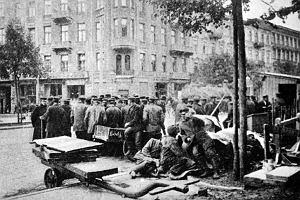 """Rewolucja 1905, czyli jak endecja przechwyciła """"trwogę mas"""""""