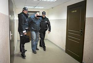 http://bi.gazeta.pl/im/bc/8f/e8/z15241148M,Piotr-M---motorniczy--ktory-po-pijanemu-spowodowal.jpg