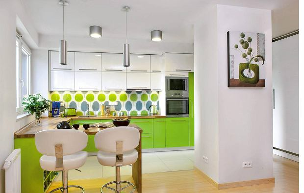 Zdjęcie numer 0 w galerii - Kolorowe meble kuchenne. Zapomnij o bielach i szarościach