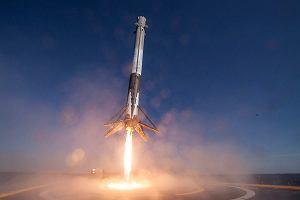 Elon Musk znów dokonał niemożliwego. Falcon 9 wystartował, ładunek w drodze na ISS