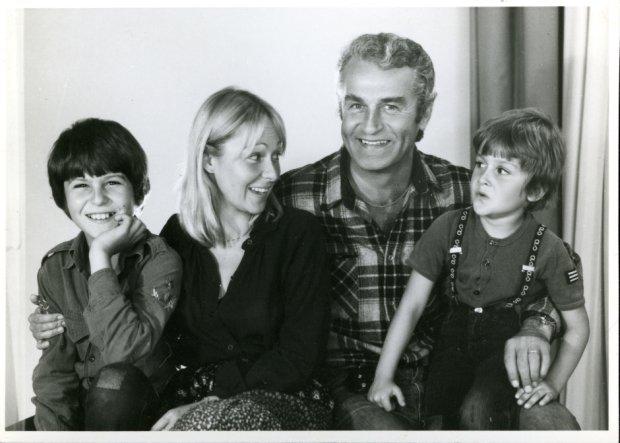 Jolanta Wołłejko i synowie pana Plucińskiego, Piotra i Pawła