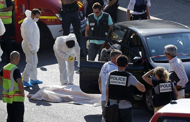 Policja na miejscu jednego z zabójstw w Marsylii