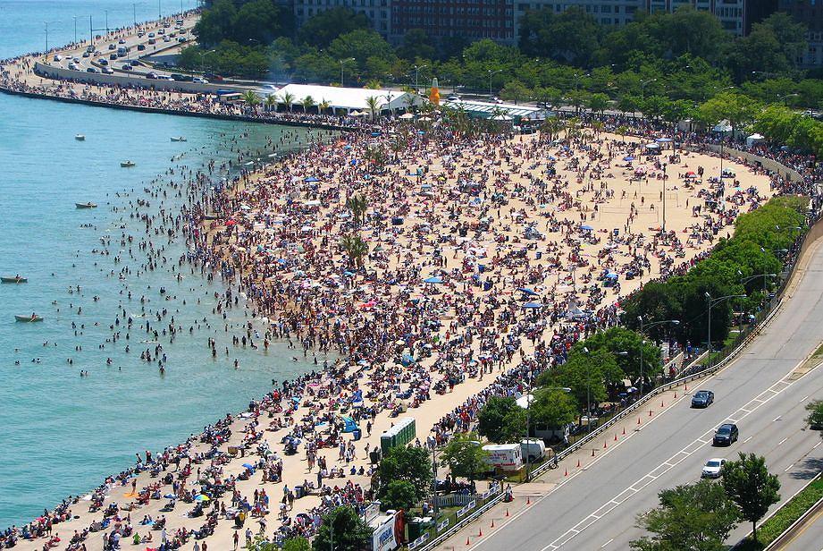 USA wycieczka, Chicago - Oak Street Beach / Flickr.com / J. Clark