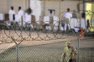 Pierwszy dow�dca bazy w Guantanamo: Musimy zamkn�� to wi�zienie. Nasi wrogowie odnie�li zwyci�stwo
