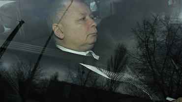 Jarosław Kaczyński trafił na badania z powodu chorego kolana