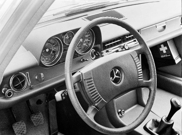 Mercedes-Benz 240 D 3.0 | Najmocniejszy i najszybszy diesel swoich czas�w