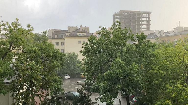Deszczowo nad Warszawą